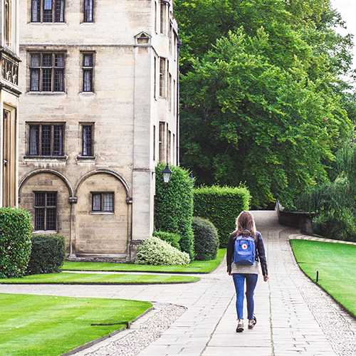 Should universities give unconditional offers?